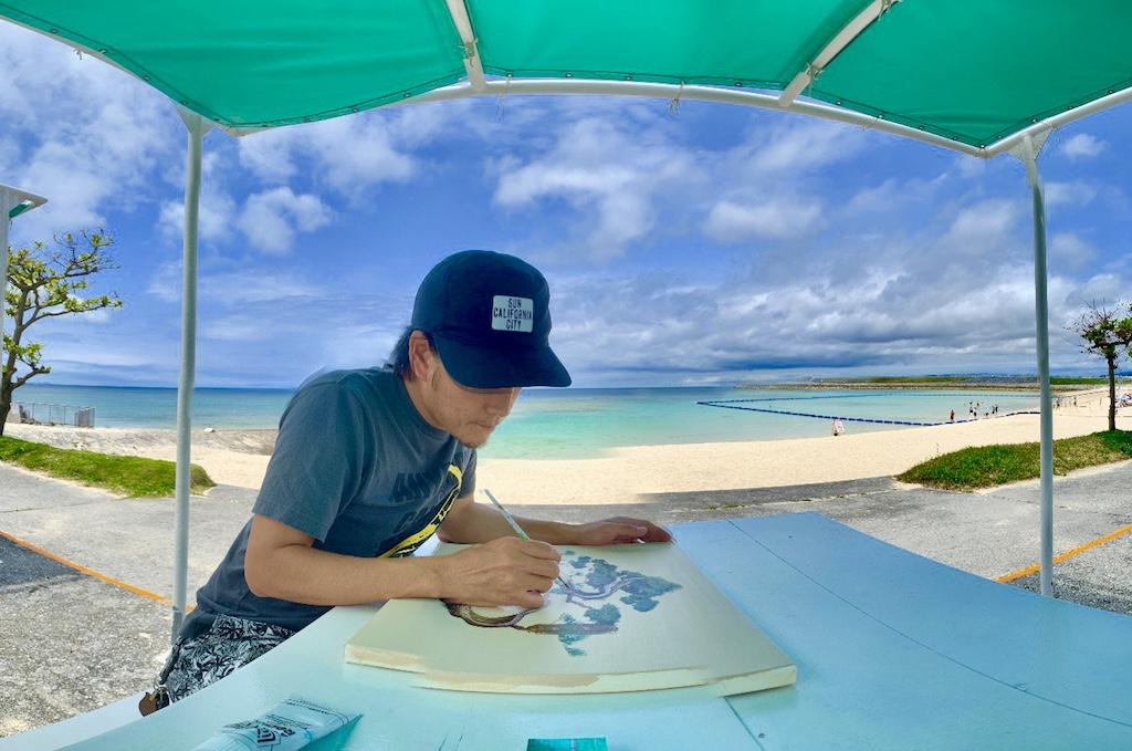 海の前をアトリエにして生活している画家が教える夢の叶え方。